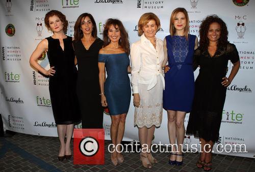 Rebecca Wisocky, Ana Ortiz, Susan Lucci, Joan Wages, Mariana Klaveno and Judy Reyes 4