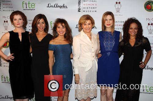 Rebecca Wisocky, Ana Ortiz, Susan Lucci, Joan Wages, Mariana Klaveno and Judy Reyes 7