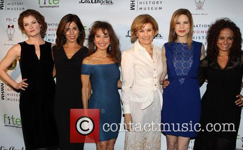 Rebecca Wisocky, Ana Ortiz, Susan Lucci, Joan Wages, Mariana Klaveno and Judy Reyes 9