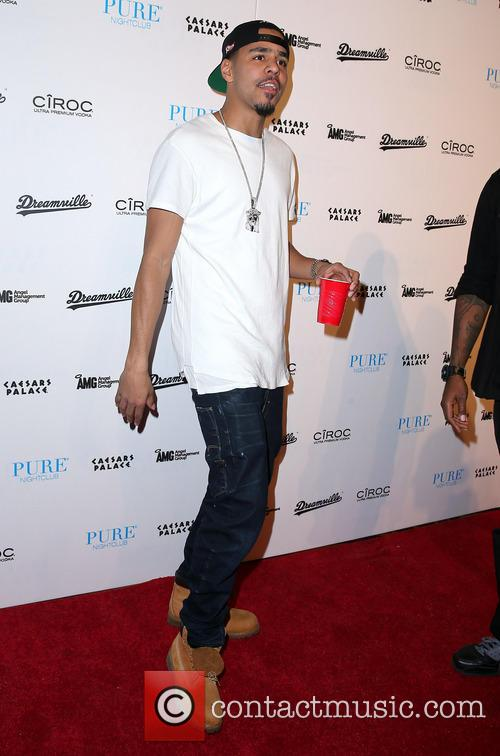 j cole j cole hosts at pure 3923654