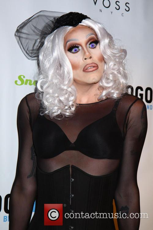 drag queen superstar sharon needles alice in 3923335