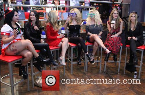 Lorraine, Juturna Suicide, Sharise Neil, Athena Kottak, Bobbie Brown and Nicole Powers 2