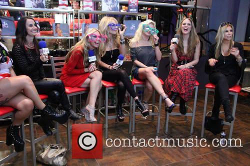 Lorraine, Sharise Neil, Athena Kottak, Bobbie Brown and Nicole Powers 1