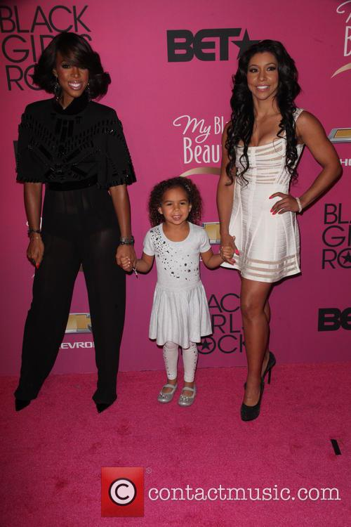 Kelly Rowland, Guest and Jeanette Jenkins 1