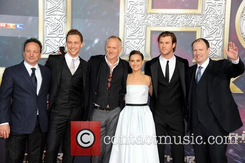 Louis D Esposito, Tom Hiddleston, Alan Taylor, Natalie Portman, Chris Hemsworth and Kevin Feige 1