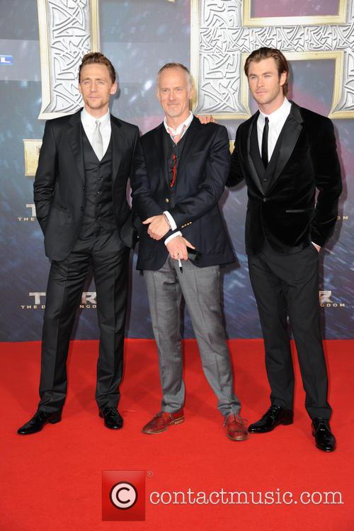 Tom Hiddleston, Alan Taylor and Chris Hemsworth 5