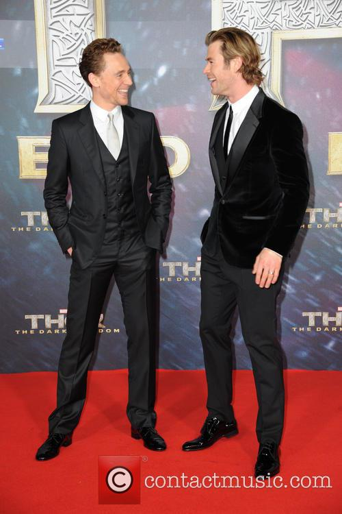 Tom Hiddleston and Chris Hemsworth 6