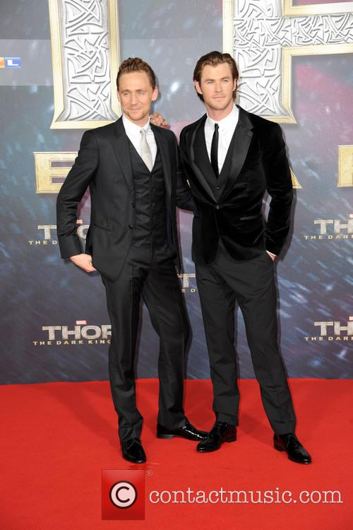 Tom Hiddleston and Chris Hemsworth 12