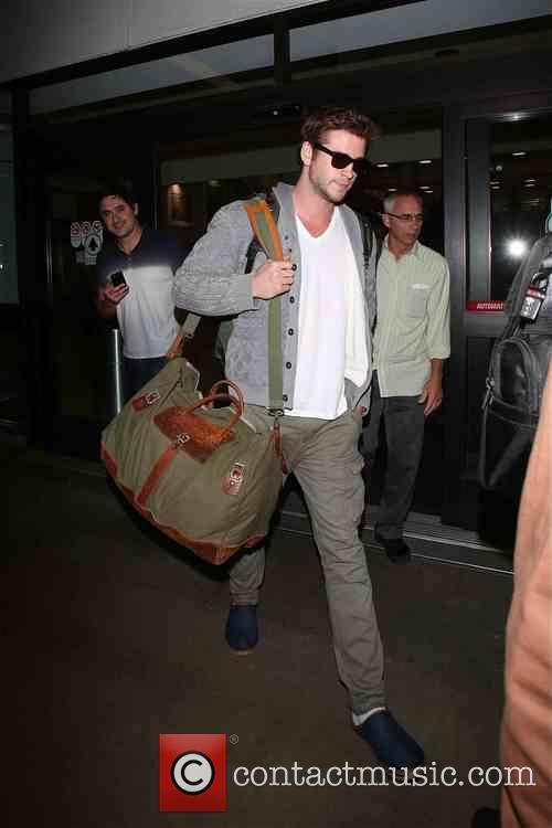 Liam Hemsworth 8