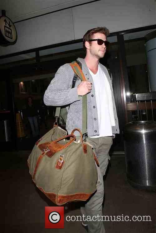 Liam Hemsworth 16
