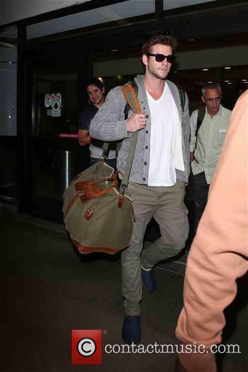 Liam Hemsworth 18