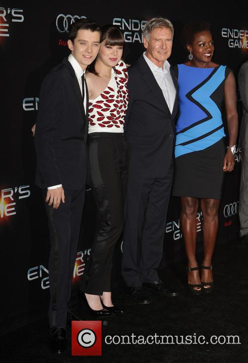 Asa Butterfield, Hailee Steinfeld, Harrison Ford and Viola Davis 4