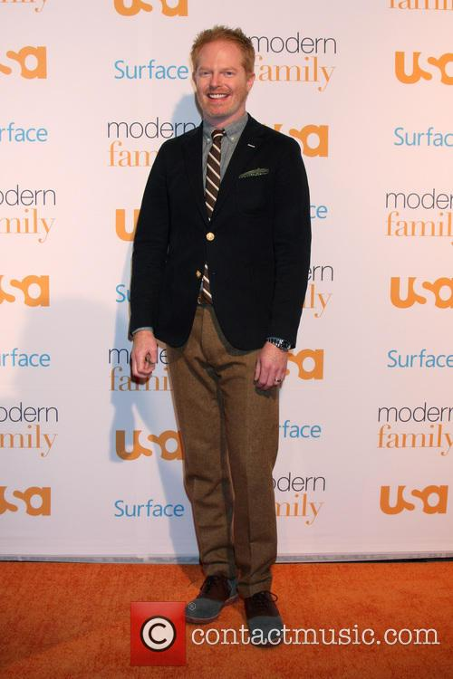 jesse tyler ferguson modern family fan appreciation 3927190