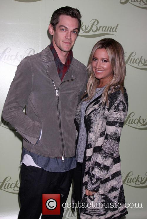 christopher french ashley tisdale lucky brand flagship store 3928692