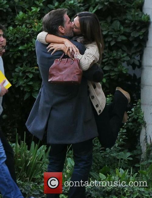 Jessica Alba and Pierce Brosnan 3