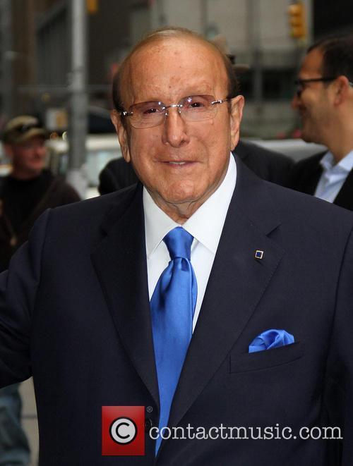 Clive Davis 6