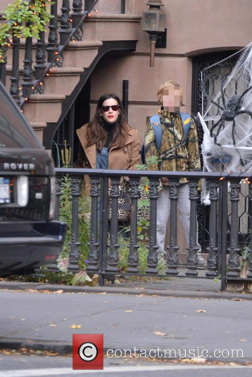 Liv Tyler and Milo Langdon 2