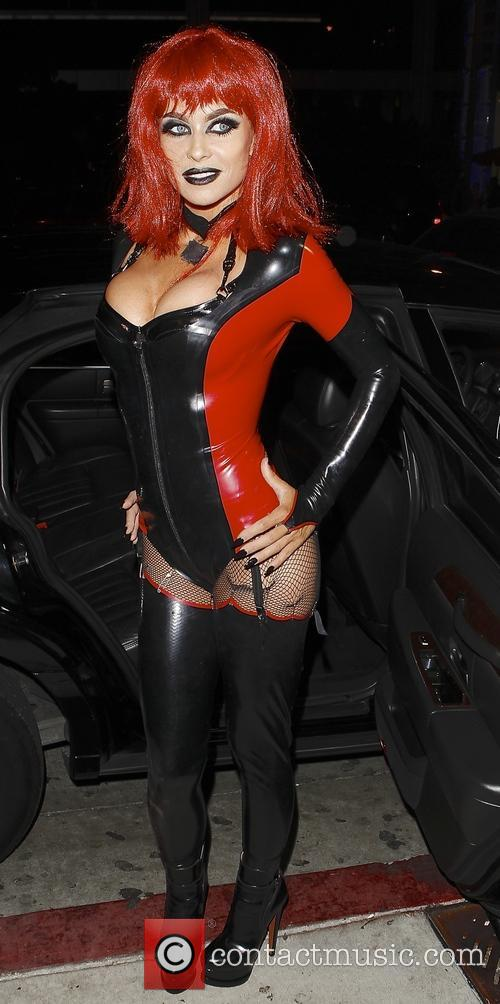 Carmen Electra 4