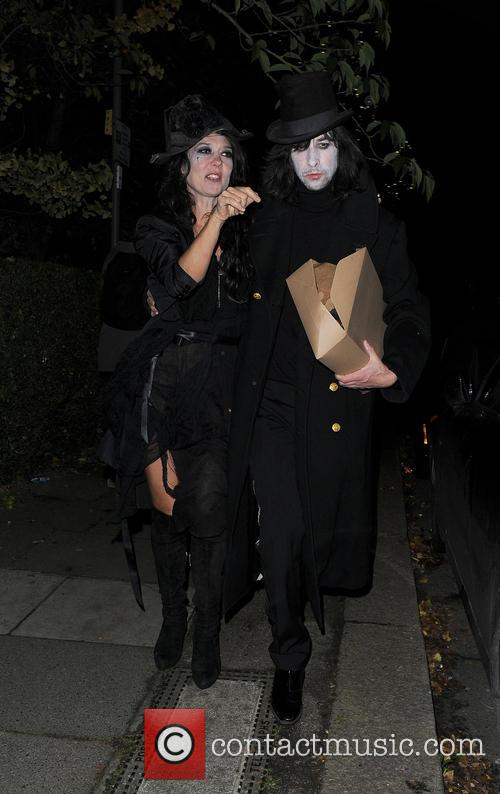 bobby gillespie jonathan ross halloween party 3931182