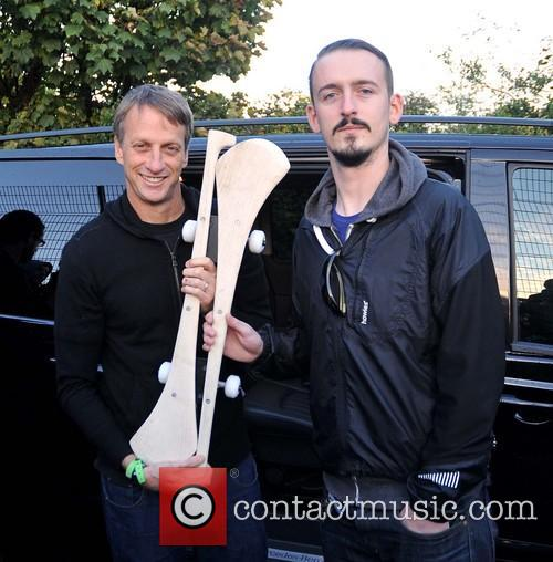 Tony Hawk and Fan Niall Staines 3