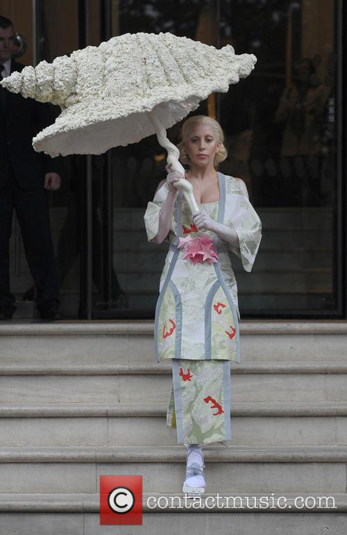 Lady Gaga leaves her hotel on Halloween wearing...