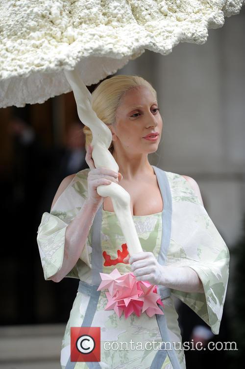 Lady Gaga brolly
