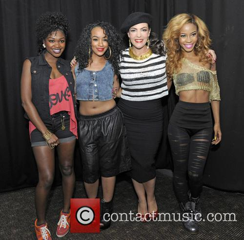 Rielle Carrington, Sese Foster, Caro Emerald, Jeanette Akua and Miss Dynamix 4