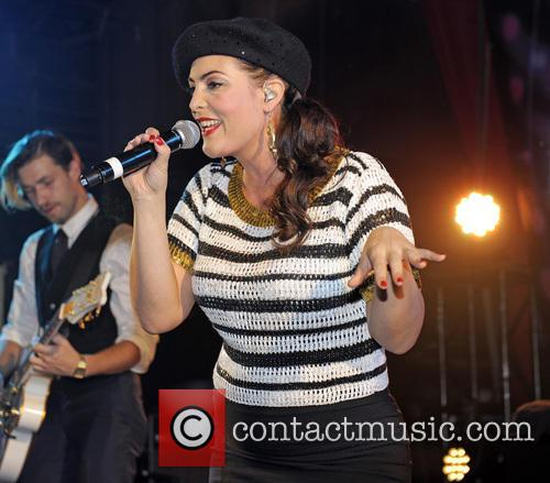 caro emerald caro emerald performs at g a y 3934102
