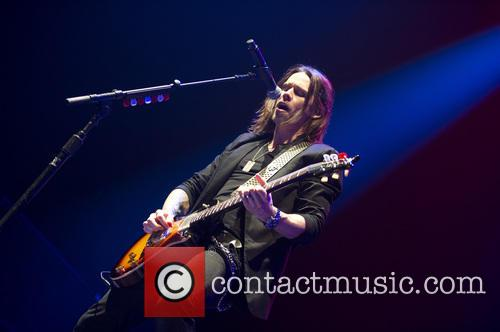 Alter Bridge 10