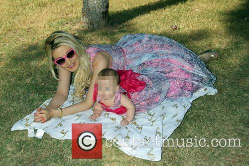 Holly Madison and Rainbow Aurora Rotella 4