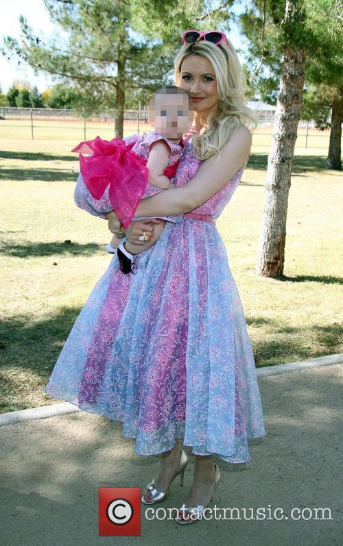 Holly Madison and Rainbow Aurora Rotella 9