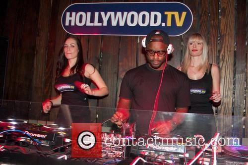 Dj Tay James and Atmosphere 1