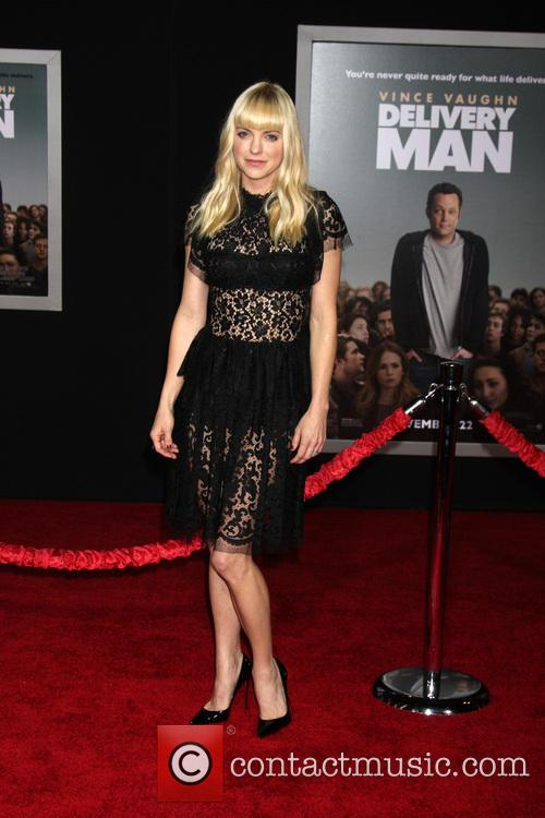 anna faris delivery man world premiere 3935048