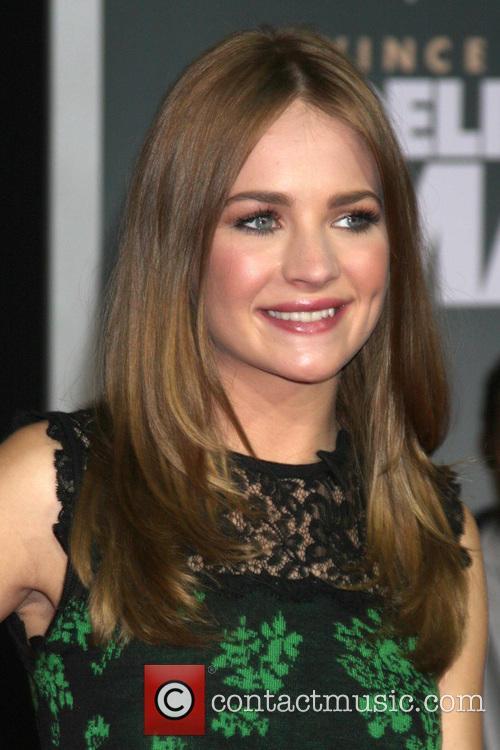 Britt Robertson 3