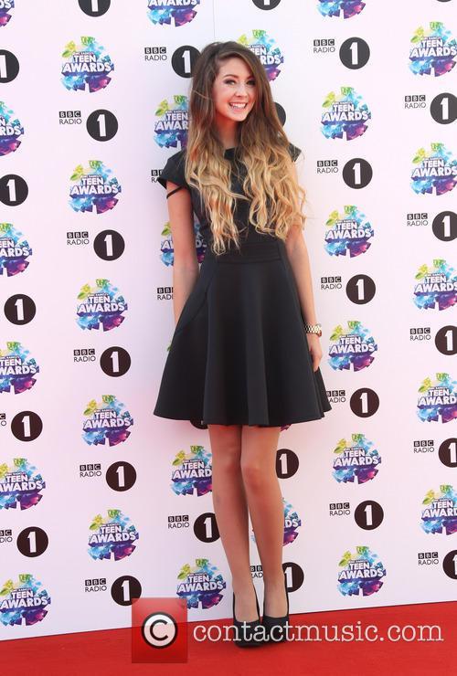 zoella bbc radio 1 teen awards 3934621