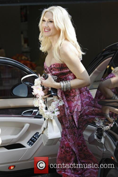 Gwen Stefani Goes To a Baby Shower