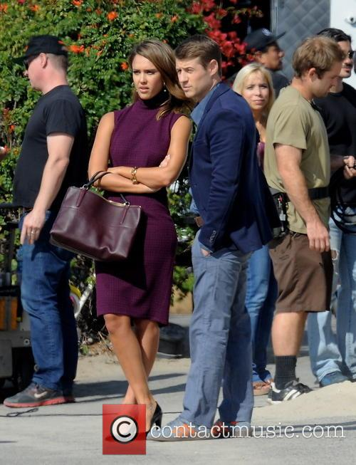 Jessica Alba and Ben Mckenzie 3
