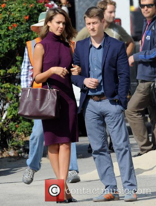 Jessica Alba and Ben Mckenzie 4