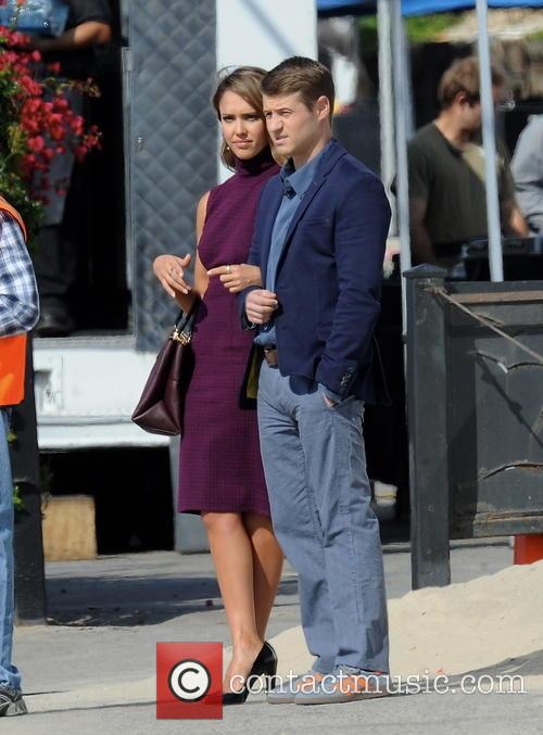 Jessica Alba and Ben Mckenzie 5