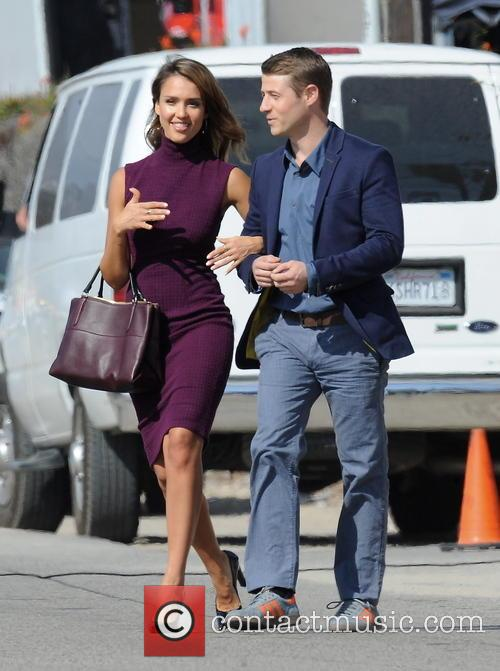 Jessica Alba and Ben Mckenzie 8