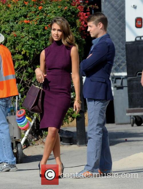 Jessica Alba and Ben McKenzie 11