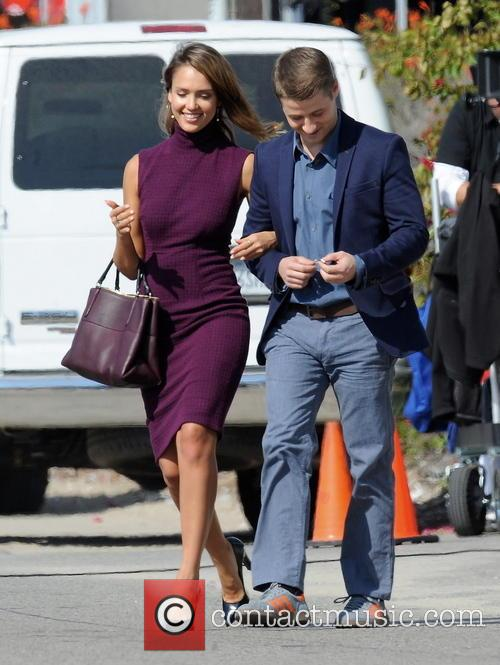 Jessica Alba and Ben McKenzie 12