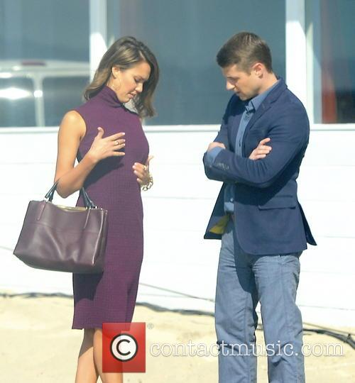 Jessica Alba and Ben McKenzie 15