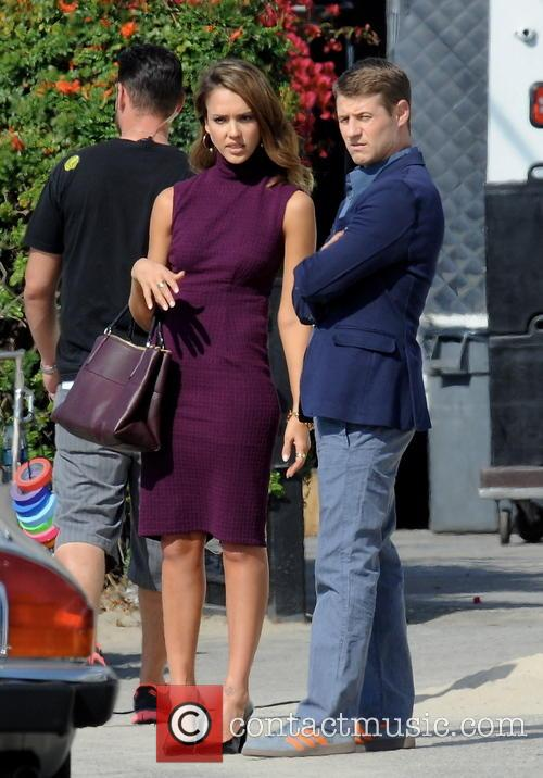 Jessica Alba and Ben McKenzie 17