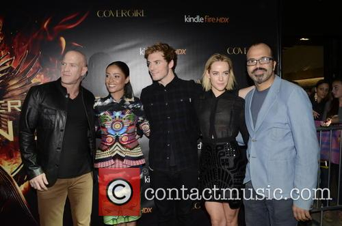 Bruno Gunn, Meta Golding, Sam Claflin, Jena Malone and Jeffrey Wright 4