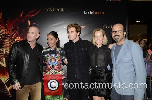 Bruno Gunn, Meta Golding, Sam Claflin, Jena Malone and Jeffrey Wright 6