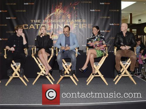 Sam Claflin, Jena Malone, Jeffrey Wright, Meta Golding and Bruno Gunn 3