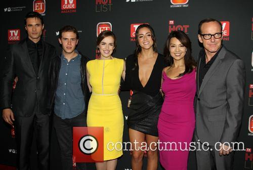 Brett Dalton, Iain De Caestecker, Elizabeth Henstridge, Chloe Bennet, Ming-na Wen and Clark Gregg 2