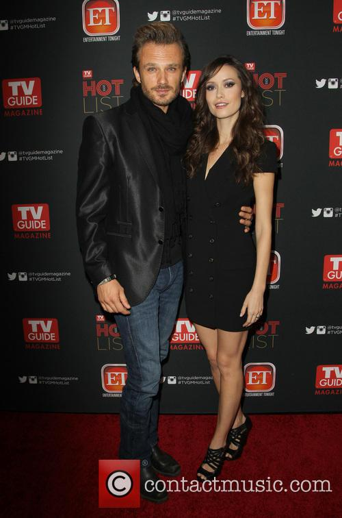 Summer Glau and Fiancee 10
