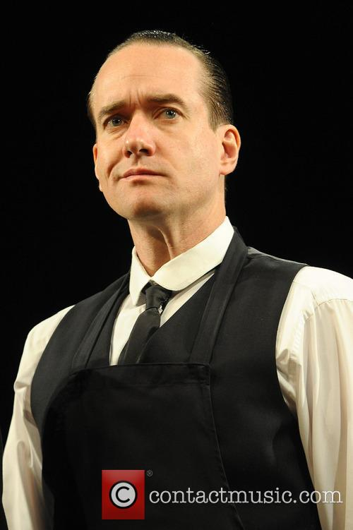 matthew macfadyen jeeves and wooster in perfect 3937111